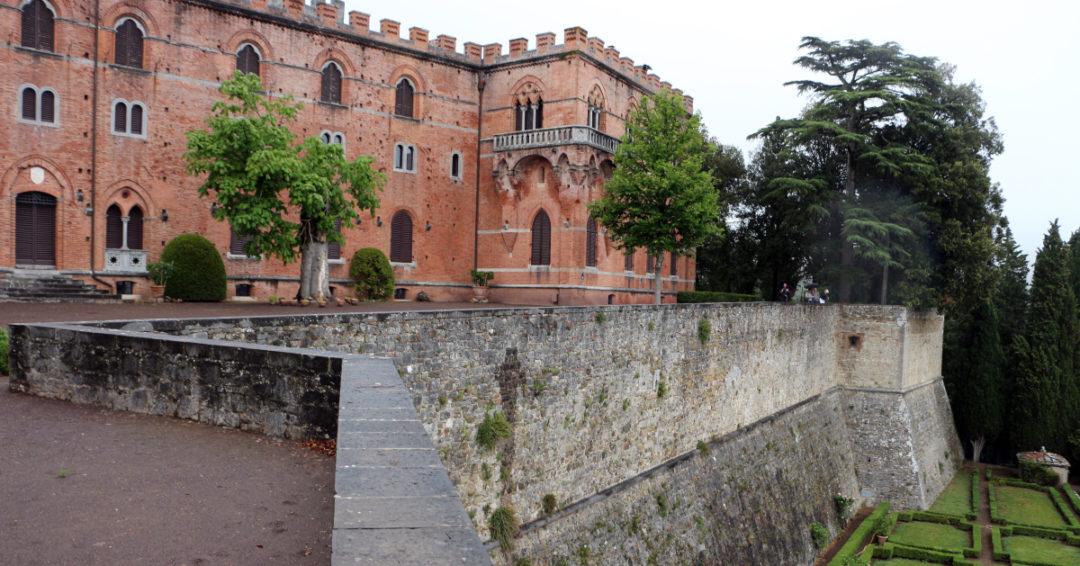 Le Chianti avec ses châteaux