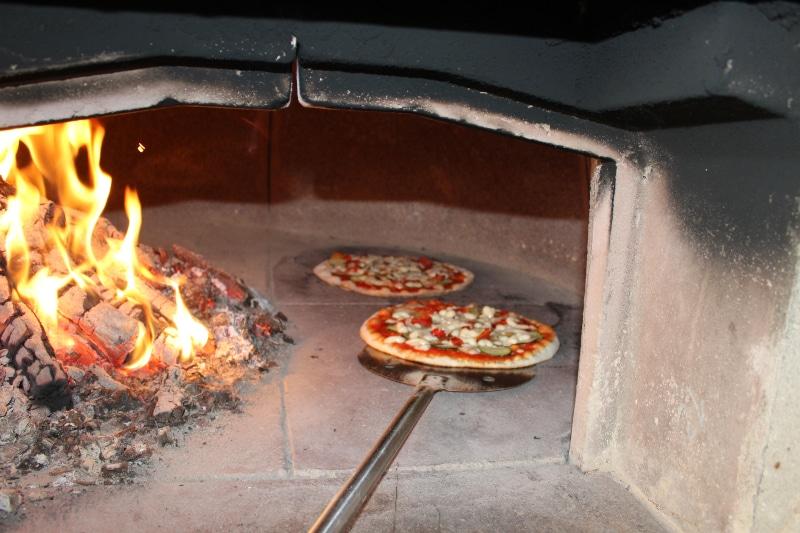 Pizza - Ristorante Villa di Sotto
